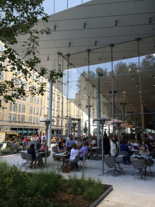 The Whitney cafe at street level